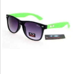 Discount Oakley Holbrook Sunglasses Purple Lens Bl